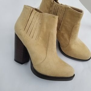 NWOT Zara Trafaluc Ankle Boots  Booties